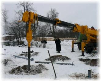 Бурильная установка для свайного фундамента. Фото