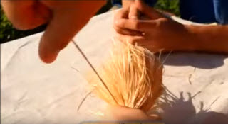 Связывание мочала для бани льняной ниткой