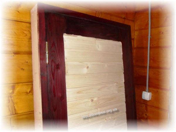 Двери с использованием вагонки. Фото