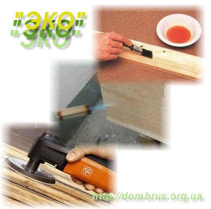 Обработка и защита полков парной в бане или сауне. Фото